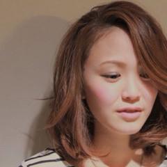 ピンク ナチュラル パーマ フェミニン ヘアスタイルや髪型の写真・画像
