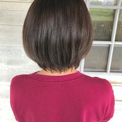 ブリーチなし ミルクティーベージュ ショートボブ ナチュラル ヘアスタイルや髪型の写真・画像
