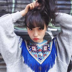 グレージュ シースルーバング 暗髪 ミディアム ヘアスタイルや髪型の写真・画像