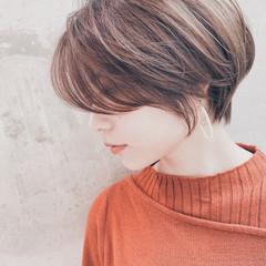 ナチュラル ベージュ ミニボブ ショートヘア ヘアスタイルや髪型の写真・画像