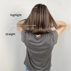 ショートヘア 切りっぱなしボブ バレイヤージュ ミディアム ヘアスタイルや髪型の写真・画像