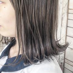 外ハネ イルミナカラー ガーリー 透明感 ヘアスタイルや髪型の写真・画像
