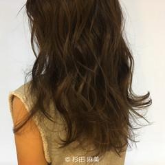 ブルージュ 外国人風 暗髪 イルミナカラー ヘアスタイルや髪型の写真・画像