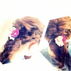 フィッシュボーン 編み込み ヘアアレンジ まとめ髪 ヘアスタイルや髪型の写真・画像