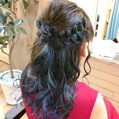 インナーカラー ブルー 結婚式 セミロング ヘアスタイルや髪型の写真・画像