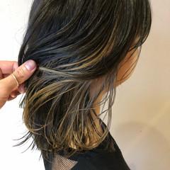ミディアム ヌーディーベージュ アッシュベージュ ナチュラル ヘアスタイルや髪型の写真・画像