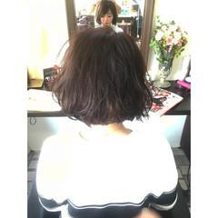 ボブ ガーリー 外国人風 グレージュ ヘアスタイルや髪型の写真・画像