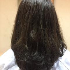 モード アッシュ 暗髪 ハイライト ヘアスタイルや髪型の写真・画像