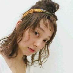 ハーフアップ オン眉 ミディアム ヘアアレンジ ヘアスタイルや髪型の写真・画像