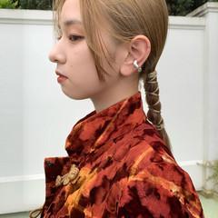 紐アレンジ ヘアアレンジ 簡単ヘアアレンジ セミロング ヘアスタイルや髪型の写真・画像
