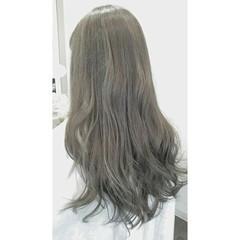 ロング 透明感 大人かわいい アッシュ ヘアスタイルや髪型の写真・画像
