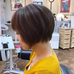 ブリーチカラー ショートヘア ピンクブラウン ブリーチ ヘアスタイルや髪型の写真・画像