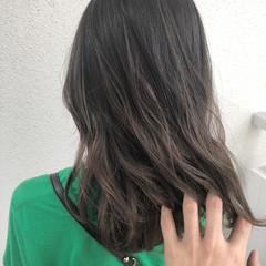 透明感カラー 透明感 セミロング ハイライト ヘアスタイルや髪型の写真・画像