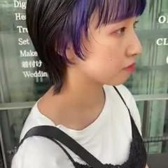 インナーカラー ウルフ女子 ウルフカット モード ヘアスタイルや髪型の写真・画像