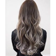 ハイライト ローライト セミロング ストリート ヘアスタイルや髪型の写真・画像