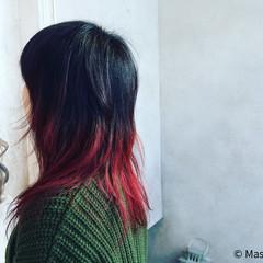 セミロング ストリート レイヤーカット 暗髪 ヘアスタイルや髪型の写真・画像