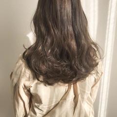 ナチュラル ベージュ ロング ゆるふわ ヘアスタイルや髪型の写真・画像