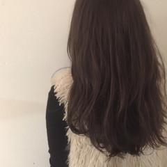 セミロング 大人かわいい アッシュ ナチュラル ヘアスタイルや髪型の写真・画像