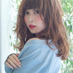 ゆるふわ グレージュ イルミナカラー コンサバ ヘアスタイルや髪型の写真・画像
