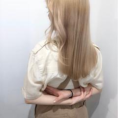ブロンド ブロンドカラー ナチュラル ロング ヘアスタイルや髪型の写真・画像