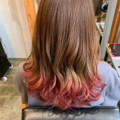 ガーリー ダブルカラー セミロング 裾カラー ヘアスタイルや髪型の写真・画像