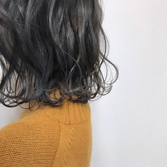 ハイライト アンニュイほつれヘア 透明感 アッシュグレージュ ヘアスタイルや髪型の写真・画像