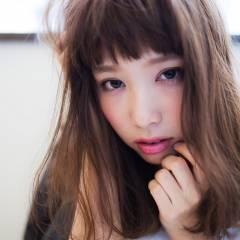 ミディアム ストリート モード 暗髪 ヘアスタイルや髪型の写真・画像