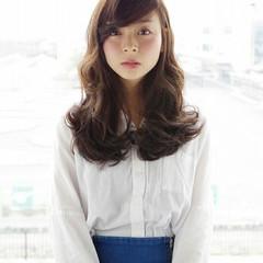 ガーリー アッシュ ゆるふわ 外国人風 ヘアスタイルや髪型の写真・画像