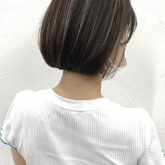 コントラストハイライト グレージュ ミニボブ ハイライト ヘアスタイルや髪型の写真・画像