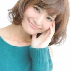 大人かわいい フェミニン ボブ ゆるふわ ヘアスタイルや髪型の写真・画像