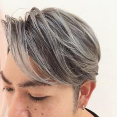 前髪あり かき上げ前髪 ボーイッシュ グラデーションカラー ヘアスタイルや髪型の写真・画像