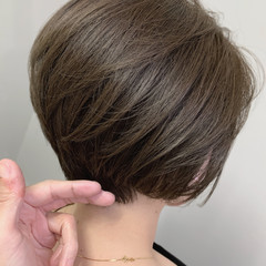 ベージュ 大人ヘアスタイル ショートボブ 大人可愛い ヘアスタイルや髪型の写真・画像