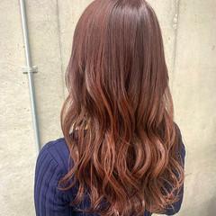 ベリーピンク ラベンダーピンク ピンクラベンダー ロング ヘアスタイルや髪型の写真・画像