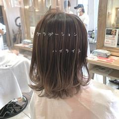 グラデーション ストリート ブリーチ必須 ウルフカット ヘアスタイルや髪型の写真・画像