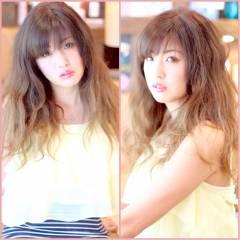 ロング グラデーションカラー ガーリー 秋 ヘアスタイルや髪型の写真・画像