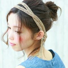 ミディアム 大人かわいい ヘアアレンジ フェミニン ヘアスタイルや髪型の写真・画像
