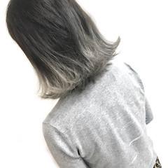 春 ハイトーン 外ハネ グラデーションカラー ヘアスタイルや髪型の写真・画像