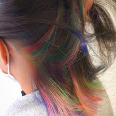 カラフルカラー 切りっぱなし ストリート ボブ ヘアスタイルや髪型の写真・画像