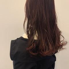 ピンクベージュ ピンクバイオレット ピンクブラウン セミロング ヘアスタイルや髪型の写真・画像
