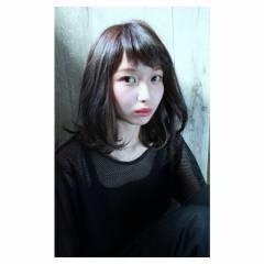 ミディアム 春 モード ストリート ヘアスタイルや髪型の写真・画像