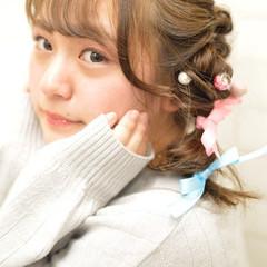 ヘアアレンジ デート ミディアム ガーリー ヘアスタイルや髪型の写真・画像