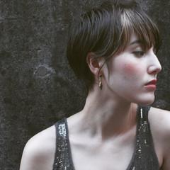暗髪 ストリート ベリーショート 外国人風 ヘアスタイルや髪型の写真・画像