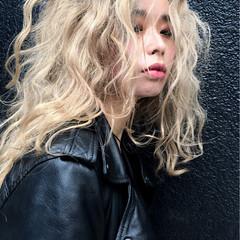 ゆるふわ 外国人風 ストリート ショート ヘアスタイルや髪型の写真・画像