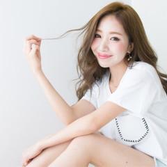 艶髪 大人かわいい フェミニン セミロング ヘアスタイルや髪型の写真・画像