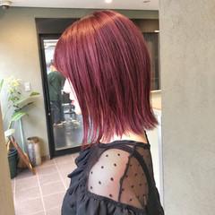 イルミナカラー ロブ ショートヘア 切りっぱなしボブ ヘアスタイルや髪型の写真・画像