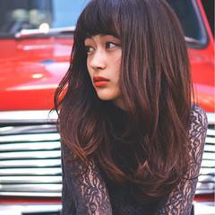 コンサバ ニュアンス 前髪あり 波ウェーブ ヘアスタイルや髪型の写真・画像