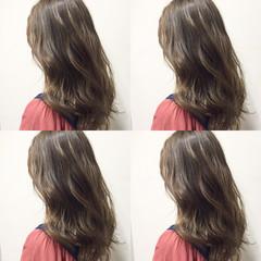 ベージュ グラデーションカラー ガーリー セミロング ヘアスタイルや髪型の写真・画像
