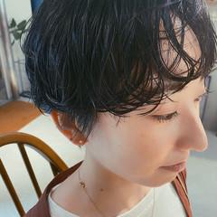 ショートヘア ゆるふわパーマ ワンカールパーマ ナチュラル ヘアスタイルや髪型の写真・画像