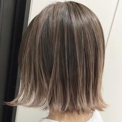 エアータッチ エレガント バレイヤージュ ベージュ ヘアスタイルや髪型の写真・画像