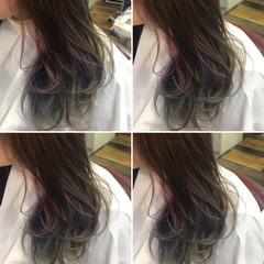 ガーリー ロング ダブルカラー インナーカラー ヘアスタイルや髪型の写真・画像